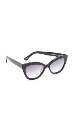 Sunday Somewhere Pearl Sunglasses - Black/Light Grey