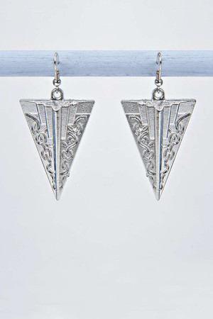Tribal Engraved Triangle Earrings - silver