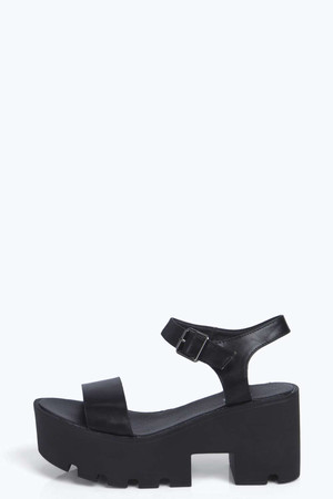 Two Part Cleated Block Heel Sandals black
