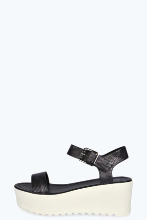 Two Part Cleated Flatform Sandal black