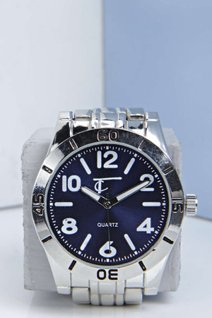 Watch with Contrast Face - blue