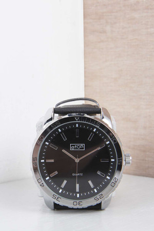 Watch with PU Strap black