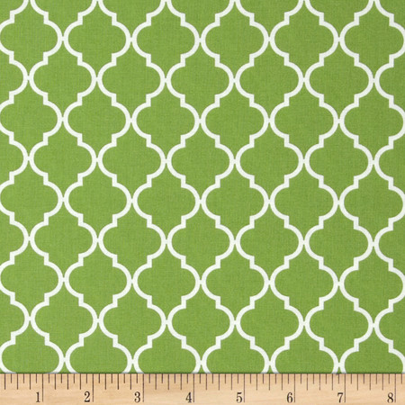 Moda Quattro Quatrefoil Piccalo Fresh Grass Fabric