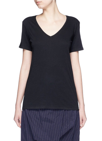 'Base' V-neck T-shirt