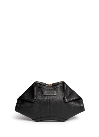'De Manta' grainy leather clutch