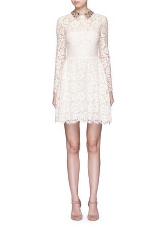 Detachable embellished collar floral lace dress