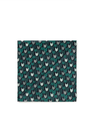 Double arrowhead jacquard silk pocket square