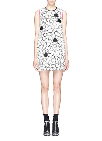 Heart print embroidery matelassé shift dress