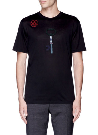 Key icon embroidery patch T-shirt