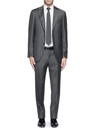 Notch lapel wool suit