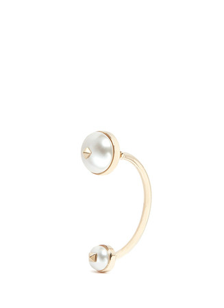 'Rockstud' hanging pearl single earring