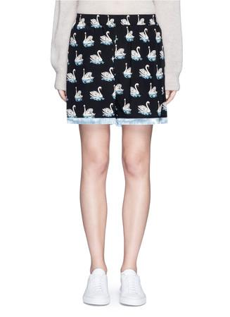 Swan print fringe trim silk shorts