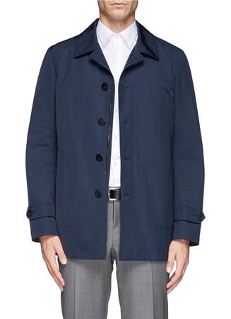 Water repellent mackintosh coat