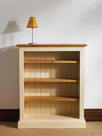 Mottisfont Painted Medium Bookcase (Cream, Pine)