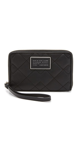 Marc By Marc Jacobs New Crosby Quilt Wingman Wristlet - Black