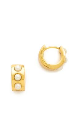 Marc Jacobs Glass Pearl Hinge Huggie Earrings - Cream/Antique Gold
