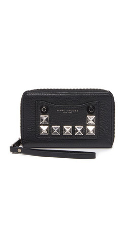 Marc Jacobs Recruit Chipped Stud Zip Phone Wristlet - Black