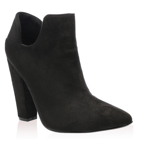 Evelyn Ankle Boots in Black