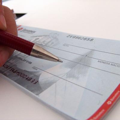 Utilização de Cheques para Pagamentos