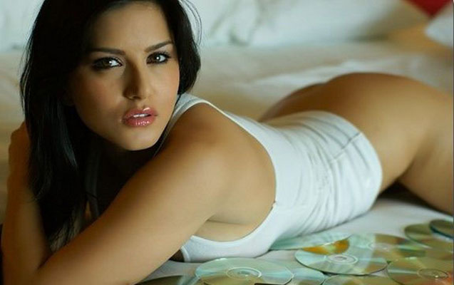 Sunny Leone Bra Size, Weight, Height and Measurements