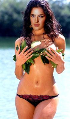 Katrina Kaif Bra Size, Weight, Height and Measurements