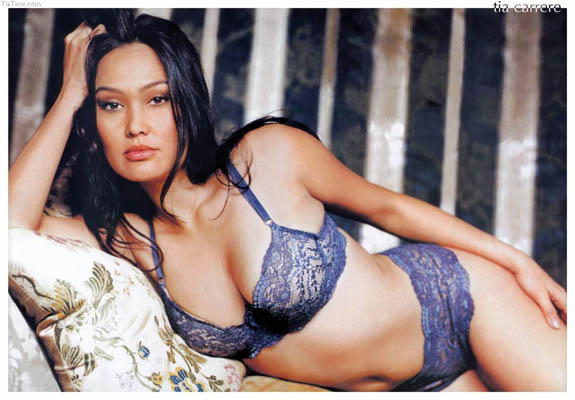 Tia Carrere Bra Size, Weight, Height and Measurements