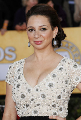 Maya Rudolph Bra Size, Weight, Height and Measurements