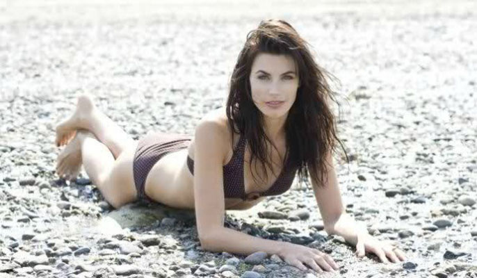 Meghan Ory Bra Size, Weight, Height and Measurements