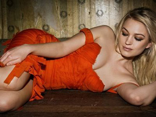 Sophia Myles Bra Size, Weight, Height and Measurements