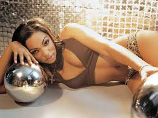 Ashanti Bra Size, Weight, Height and Measurements