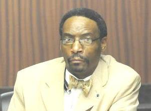 Marvin Wiggins claims Gov. Robert Bentley and Alabama State University of violating rules which ensure trustee removal is handled fairly and guard against outside, political influence of a board.