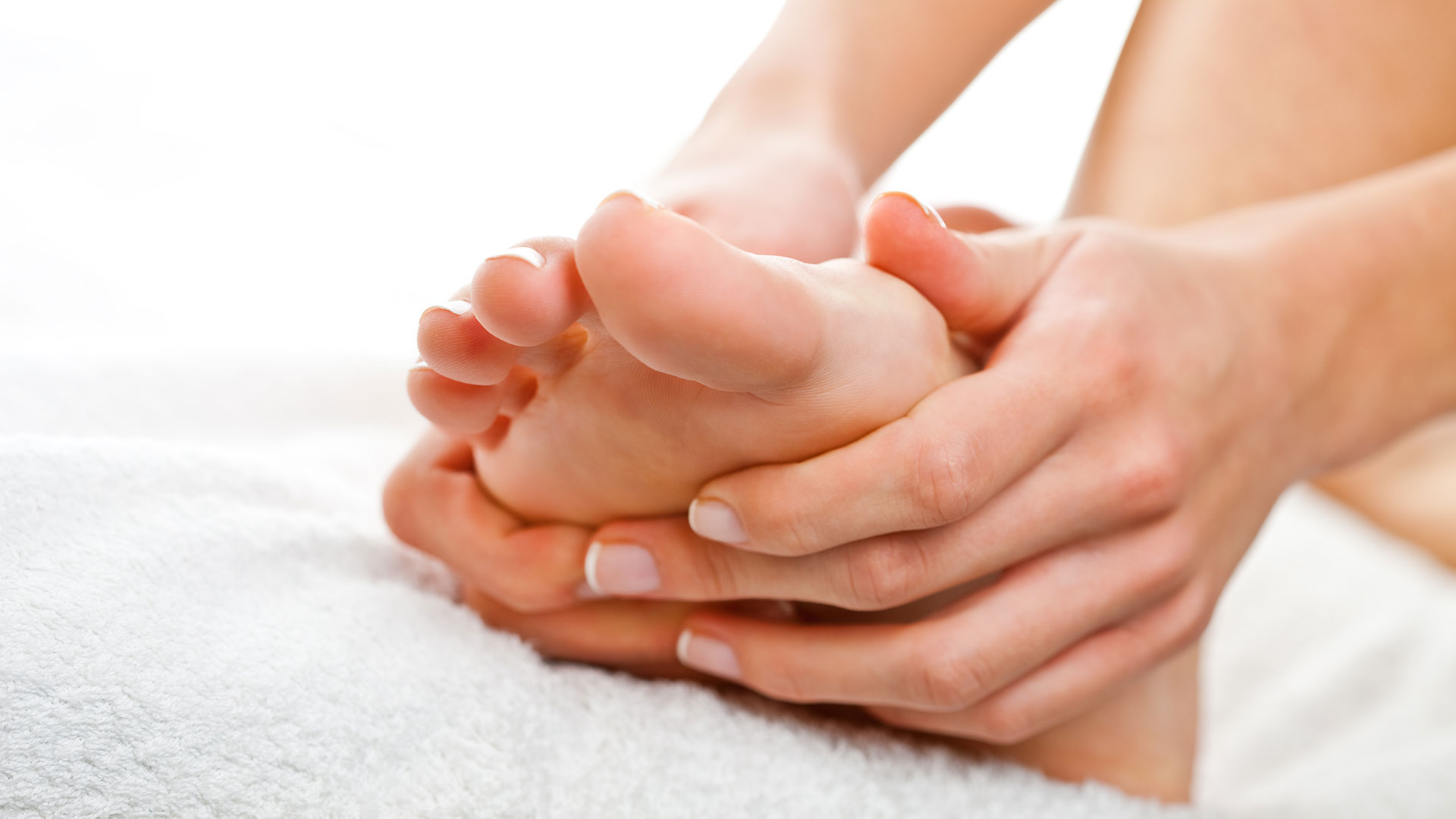 Bones on the big toes - effective treatments 24