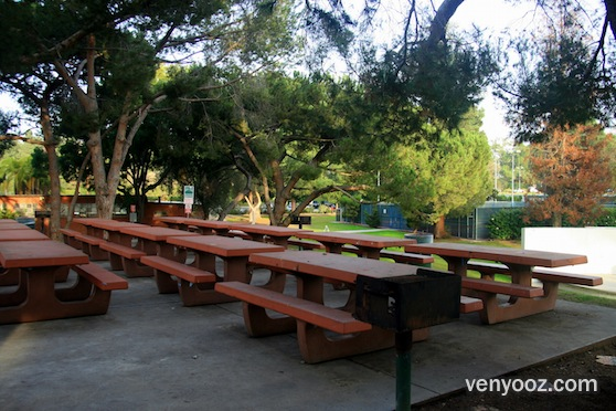 BBQ Pits Picnic Tables South At Cheviot Hills Recreation Center - Picnic table los angeles
