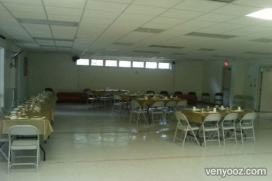 Large meeting room at ralph campbell community center for Rooms to go kids raleigh