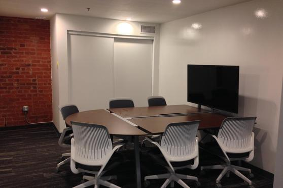 Medium Collaborative Meeting Room at BLANKSPACES DTLA coworking ...