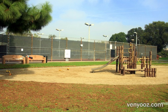 Playground At Fox Hills Park Culver City Ca Venyooz