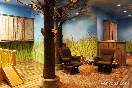 The tree house at the coffee connection los angeles ca venyooz - Small event spaces los angeles ideas ...