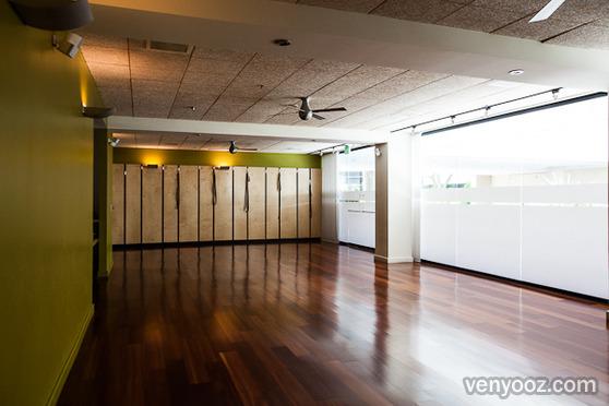 Yoga Studio At Truyoga Santa Monica Ca Venyooz