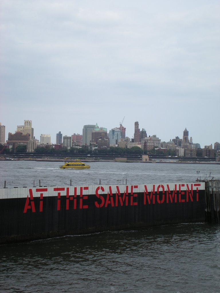 Lawrence Weiner, At The Same Moment