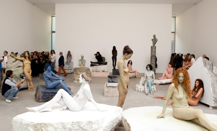 Vanessa_Beecroft_Lia_Rumma_Milan_opening3