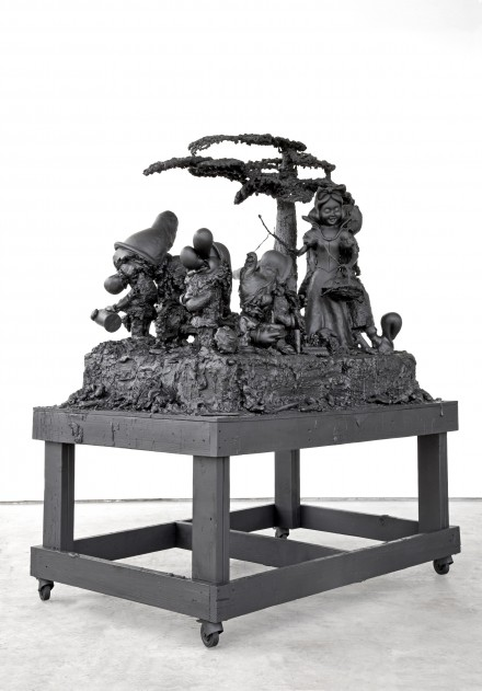 Paul McCarthy_Hauser_Wirth_The Dwarves The Forests_White Snow Cake
