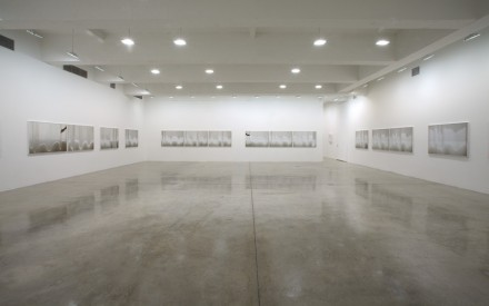 Uta Barth-Installation view-Tanya Bonakdar