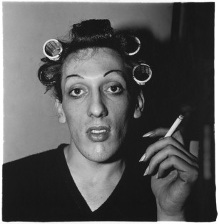 Diane Arbus - A young man in curlers at home on West 20th Street, N.Y.C. (1966), Martin-Gropius-Bau Museum