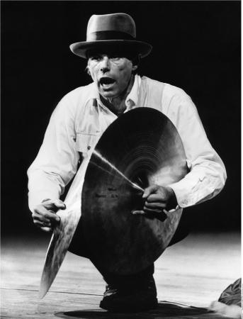 Joseph Beuys Aktion «Iphigenie Titus Andronicus», 1969