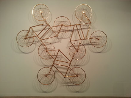 AI WEIWEI_Forever(Stainless Steel Bicycles in Gilding) 3 Pairs, 2013_Galerie Urs Meile
