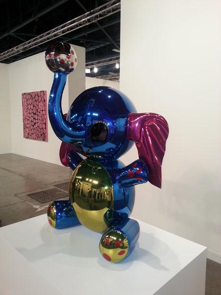 JEFF KOONS_Elephant Sculpture_David Zwirner Gallery