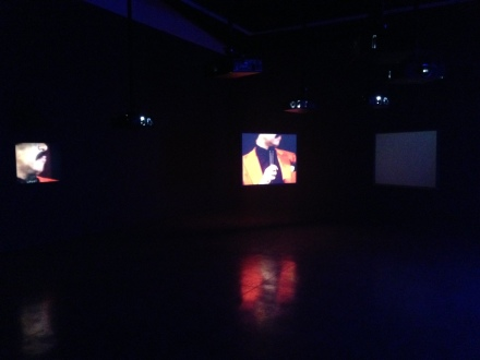 Glenn Ligon, Live (2014)