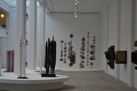 Installation view, Louise Bourgeois, Ruth Asawa, Lee Bontecou