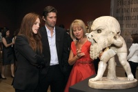 Lisa Dennison with Julianne Moore, via Art Newspaper