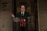 franc%cc%a7ois-hollande-via-art-newspaper